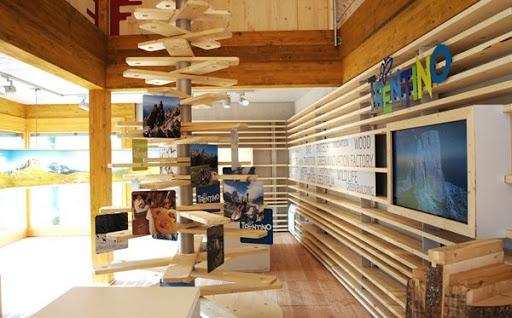 costruzione padiglioni in legno_edifici in legno per expo_ille haus