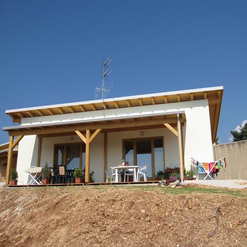 <b>CUBE</b> Modello casa moderna in legno ecosostenibile, costi moderati.