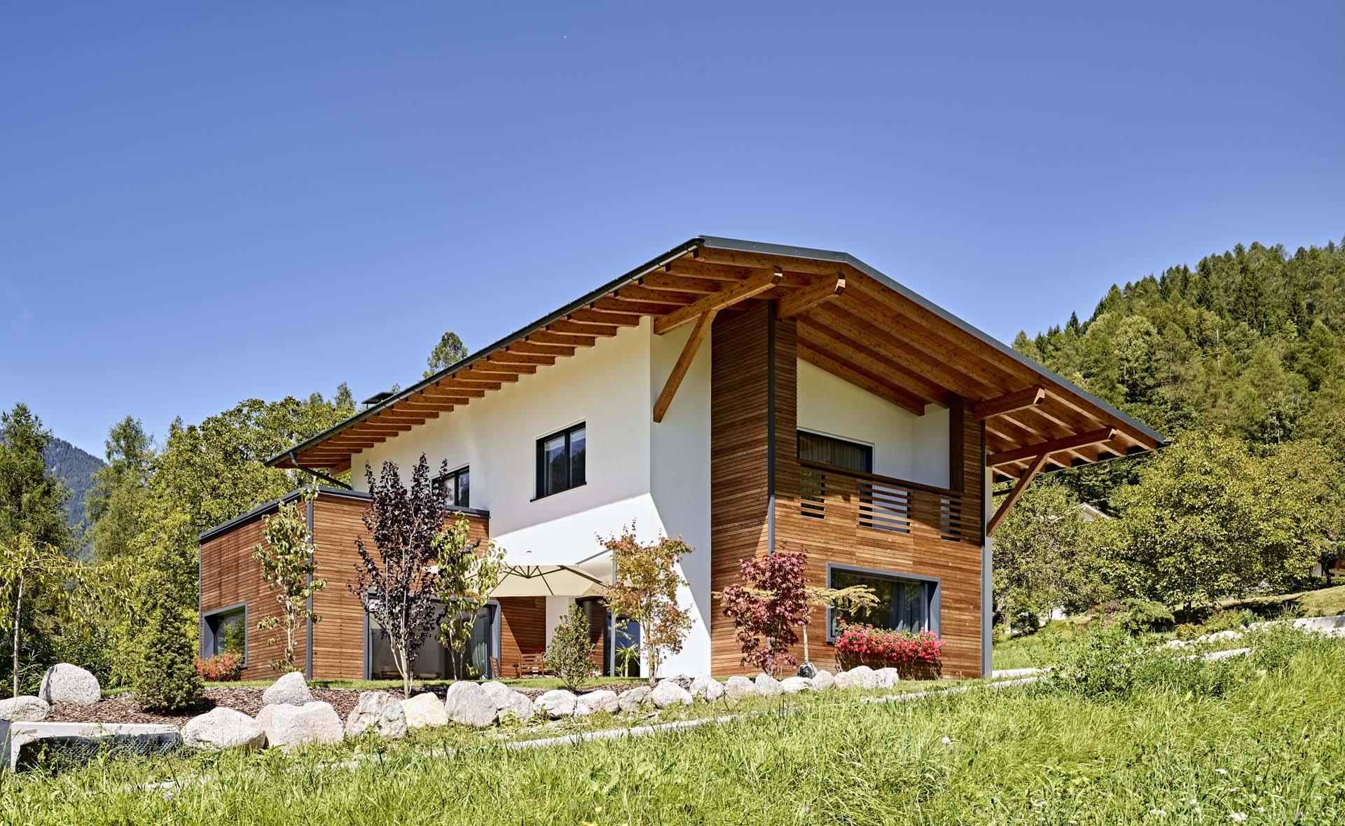 <b>Edifici di soccorso ad  elevata rapidità di costruzione</b> Ricostruzione post terremoto Abruzzo del 2010