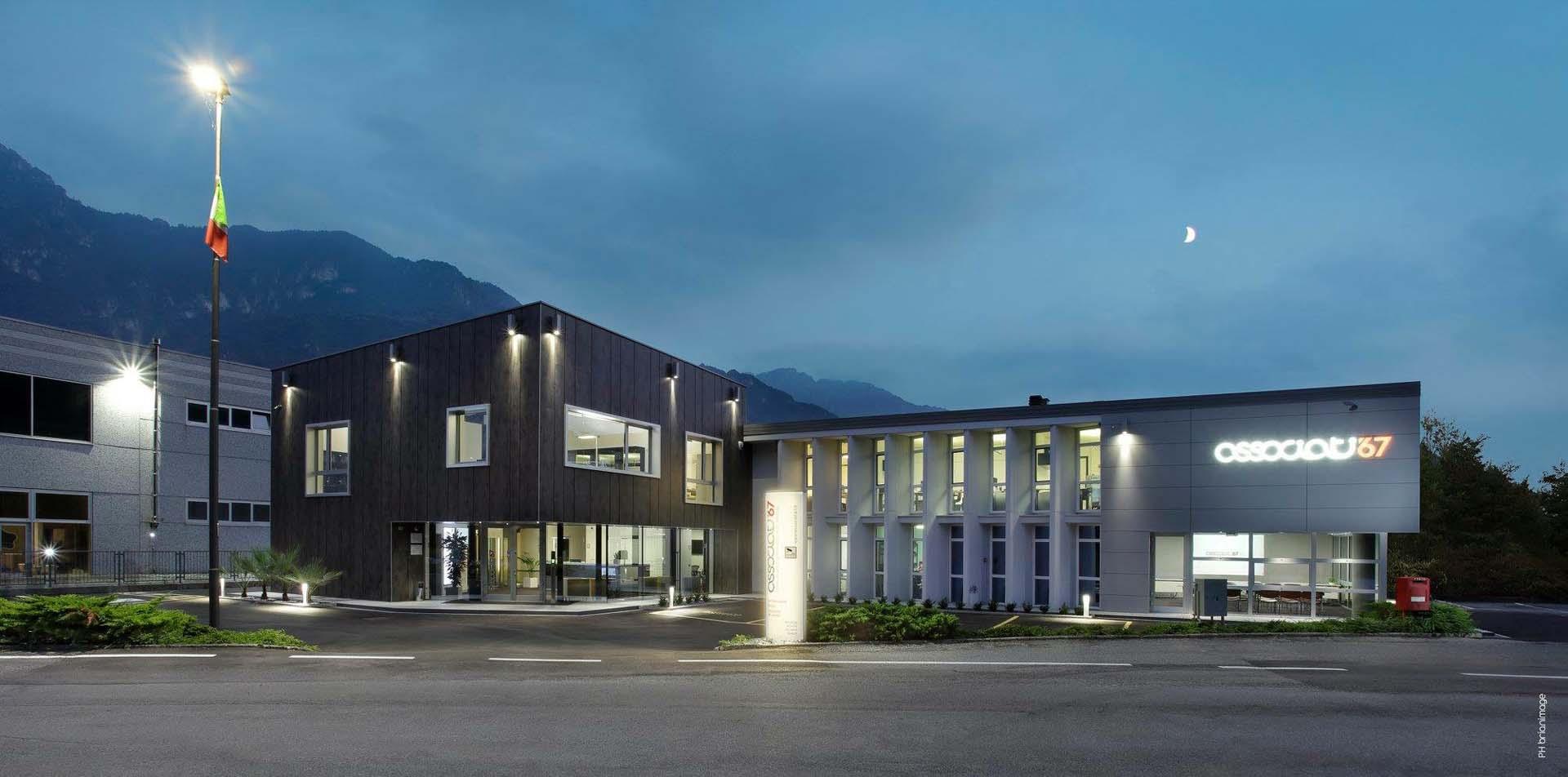 <b>Edifici di soccorso ad elevata rapidità di costruzione</b> Moduli abitativi di emergenza post terremoto nel comune di Coppito, Aquila