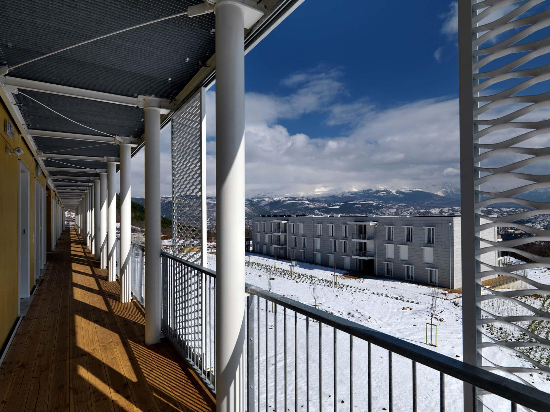 Estructuras receptivas casas de madera ille calidad y - Construccion de bungalows ...