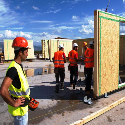 Condomini ille case in legno tecnologia esperienza ed for Piani di casa elevati