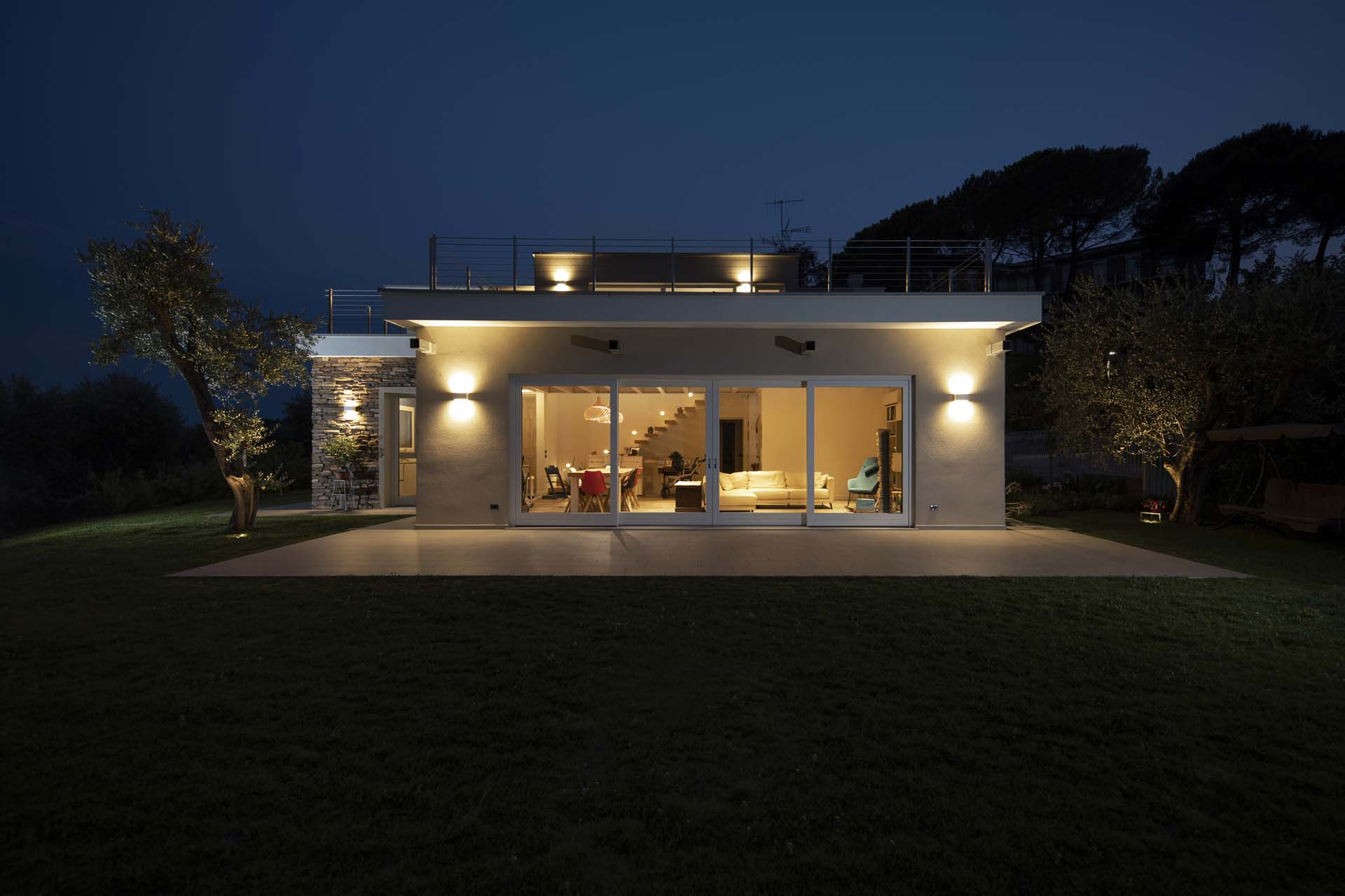 Traditional wooden houses ille technology experience for Piani casa a basso reddito